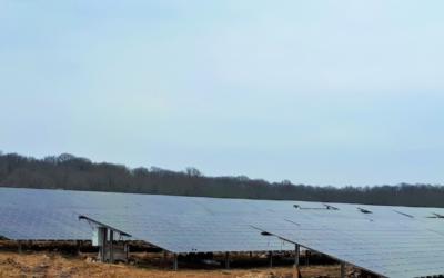 West Energies et la Banque des Territoires viennent de signer l'acquisition du plus grand parc photovoltaïque de Normandie